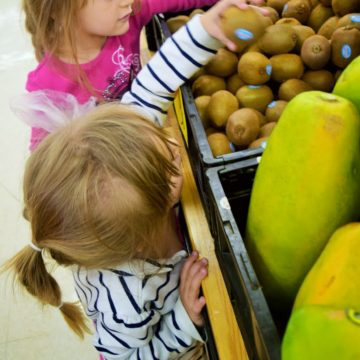 How to Have a Stress Free Shopping Experience With Kids !